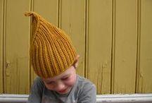 Headwear / Beanies, bonnets and hats ~ Pipoja, hattuja ja hilkkoja