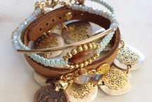 jewelry bracelets / bracelets