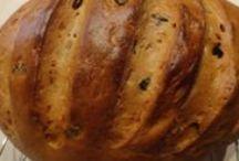 Kenyér receptek / Válogatás kenyér receptjeink közül. Többet is olvashatsz az ApróSéf.hu-n.