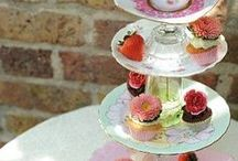 cake stands / cake stands
