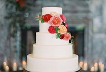 Sweet Cakes! / I love beautiful cakes! For pinning and eating!  / by Sha-Sha