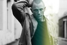 Hello handsome: Daniel Craig / The best James Bond ever!