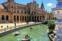 Seville, Spain / What to see in the lovely city of Seville. The best sights & things to do. What food to eat, where to see flamenco and where to get the best views. Enjoy this amazing Andalusian city!