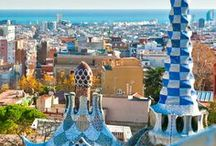 Barcelona, Spain / The best sights to see in the amazing city of Barcelona. Enjoy the beach, food, markets, shops, bars, restaurants. Tips on what to see, what to do and where to go.
