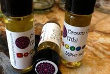 For The Spirit, Essential Oil Blends / Each unique blend contains organic jojoba, organic & wild harvested essential oils, and a crystal or gem that assists in opening and balancing the chakra centers allowing vital life force to flow. Inhale directly or place a single droplet onto the appropriate chakra.