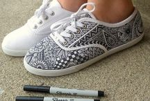 Zentangle / A browsing of beautifully intricate patterns collectively named Zentangle