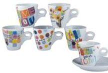 Trendy #coffe-time/ #pausa-caffè di tendenza / Idee colorate per degustare un caffè in allegria, secondo le tendenze più attuali