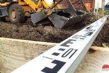 Badania i nadzory archeologiczne / Firma wykonuje badania powierzchniowe prowadzone na terenie inwestycji przed jej rozpoczęciem, badania sondażowe,nadzory i badania archeologiczne,badania ratownicze.