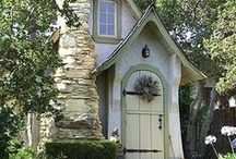 Tiny Houses / Small, creative living spaces. Living with just what you need, and do it with charm and style.