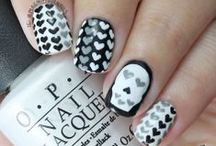 Skull Nails! / Skull Nails - Find skull related products at http://www.skullclothing.net
