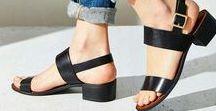 Terlik ve Sandalet / Yazın vazgeçilmezleri terlik ve sandaletler