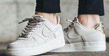 Spor Ayakkabılar / Sneakers ... Tarzınızı tamamlayacak rahat ayakkabılar bulunduğu panom.