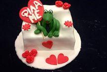 Valentines!!! / ΤΟΥΡΤΕΣ ΚΑΙ ΣΟΚΟΛΑΤΕΣ ΓΙΑ ΤΗΝ ΗΜΕΡΑ ΤΟΥ ΕΡΩΤΑ ΚΑΙ ΓΙΑ ΕΠΕΤΕΙΟΥΣ!!!