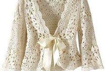 Tejidos varios / Guarda modelos de prendas tejidas con dos agujas y con aguja crochet.