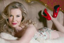    PIN UP GIRL    / Glamour girls love everything pretty from boudoir and beyond ....