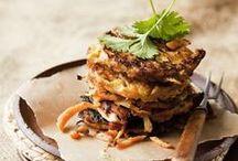 Kasvisruoat ja lisäkkeet - Vegetarian and side dishes / Maistuvia kasvisruokia ja monipuolisia aterioiden lisukkeita sekä näppärää pikkusyötävää.