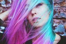 Coiffures / Les cheveux que j'aimerais avoir un jour *.*