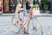 Cycling on any weather / Wondering what to wear when cycling on various seasons? Or looking for some inspiration to get out there with your bicycle? Here are some useful ideas, filled with style and joy.