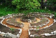 Permaculture & Organic gardening /