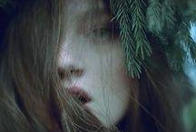 Forest girl / Wild - Dreamy - Feminine - Fairies - Flowers - Natural - Solitude