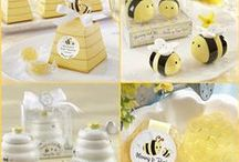 Bee Themed Baby Shower Idea / Sweet Can Bee Baby Shower Ideas or Mom to Bee baby shower ideas