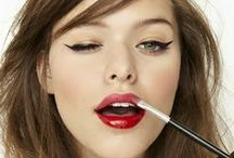 Maquiagem - Inspiração / Tem aquela festa e quer arrasar no make? Quer uma maquiagem mais leve para o dia a dia? Vem se inspirar!