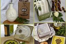 Olive Oil Party Favors / People love olive and olive oil. Here we have give-away gifts like olive oil dipping plates, olive oil bottle. They are ideal party favors for vineyard wedding and any related party.