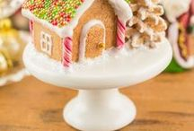 Christmas Dollhouse Miniatures / Christmas dollhouse miniature food and decor created by The Petite Provisions Co.