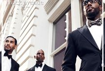 Lookbook / Our bow ties and pocket squares on models.