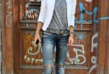 JEANS & CASUAL