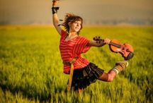 "Lindsey Stirling / ,,Have the courage to love yourself for who you are."" - Lindsey Stirling"