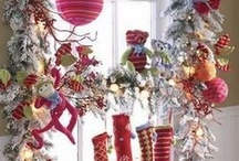 Obsessed with Holiday Decor / by Kristin Jennings Richmond