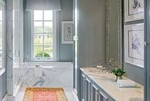 Bright Bathroom Colours / Ideas for the perfect bathroom. Bright colours help open up the space - the lighter the better!