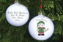 Personalised Christmas Baubles / The best personalised Christmas bauble gifts which we have found from around the web available to buy or make in the UK.