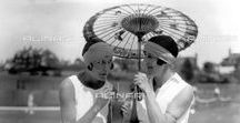 Fashion 1920's / A journey into the world of fashion and photography. Enjoy the most charming outfits of the 20s.