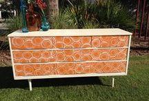 Chalk Paint® Barcelona Orange / Furniture and items painted with Chalk Paint® in color Barcelona Orange.