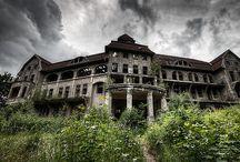 Abandoned and strange houses