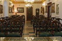Il nostro Hotel / Albergo 4 stelle ad Iglesias in centro, Wi-Fi e parcheggio gratuito per i nostri Ospiti. Elegante e confortevole, adatto per il business e le vacanze. Dispone di Sala Convegni.