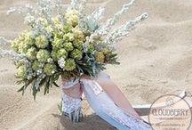 wedding bouquets & wreaths
