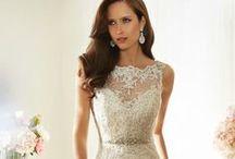 SOPHIA TOLLI AUTHORIZED RETAILER / BEAUTIFUL WEDDING GOWNS