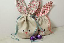 Sewing at Easter | Inspiration, projects, makes and tutorials / A curated collection of the best Easter themed sewing projects, makes and tutorials on Pinterest. Be inspired to sew something this Easter!  #Easter #bunnies #sewing / by the Brodrick design studio | Sewing