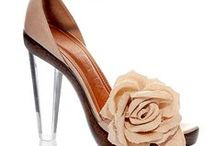 Shoe Design / Beautiful shoes for beautiful clothes, worn by beautiful people.