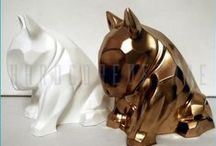 Bull Terrier Sculpture / Gold copy of a hundred-carat gold. Like a mirror reflects all the real and imaginary images. In times of crisis, a deposit of money.
