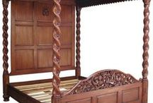 4 Poster Beds by Lock Stock & Barrel Furniture / We have a wide range of solid mahogany and walnut four poster beds including traditional canopy beds, half testers and Tudor beds.