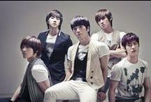 Popular K-Pop Teams / Here Is Top Ten Most Popular K-Pop Teams Around The World