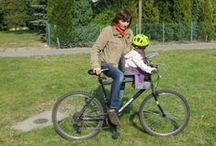 Testy fotelików rowerowych / Travelito przeprowadza profesjonalne testy nie tylko przyczepek rowerowych, ale również fotelików.