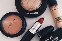 M A K E U P / Para realçar a beleza.