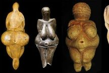 Fertility Idols / The smaller and rounder of these special miniature sculptures were given to women in labour, to clinch in their hands. Besides the symbolic powers to make the birth process smooth and successful they also prevented fingernails digging into the palms of the women's hands had they clinched their fists in labour pain.