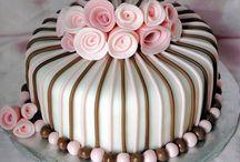 Cake decorating / Cakes decorated