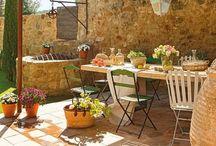 Gardening & Outdoors / Outdoor spaces, gardens, balconies, porches, terraces...